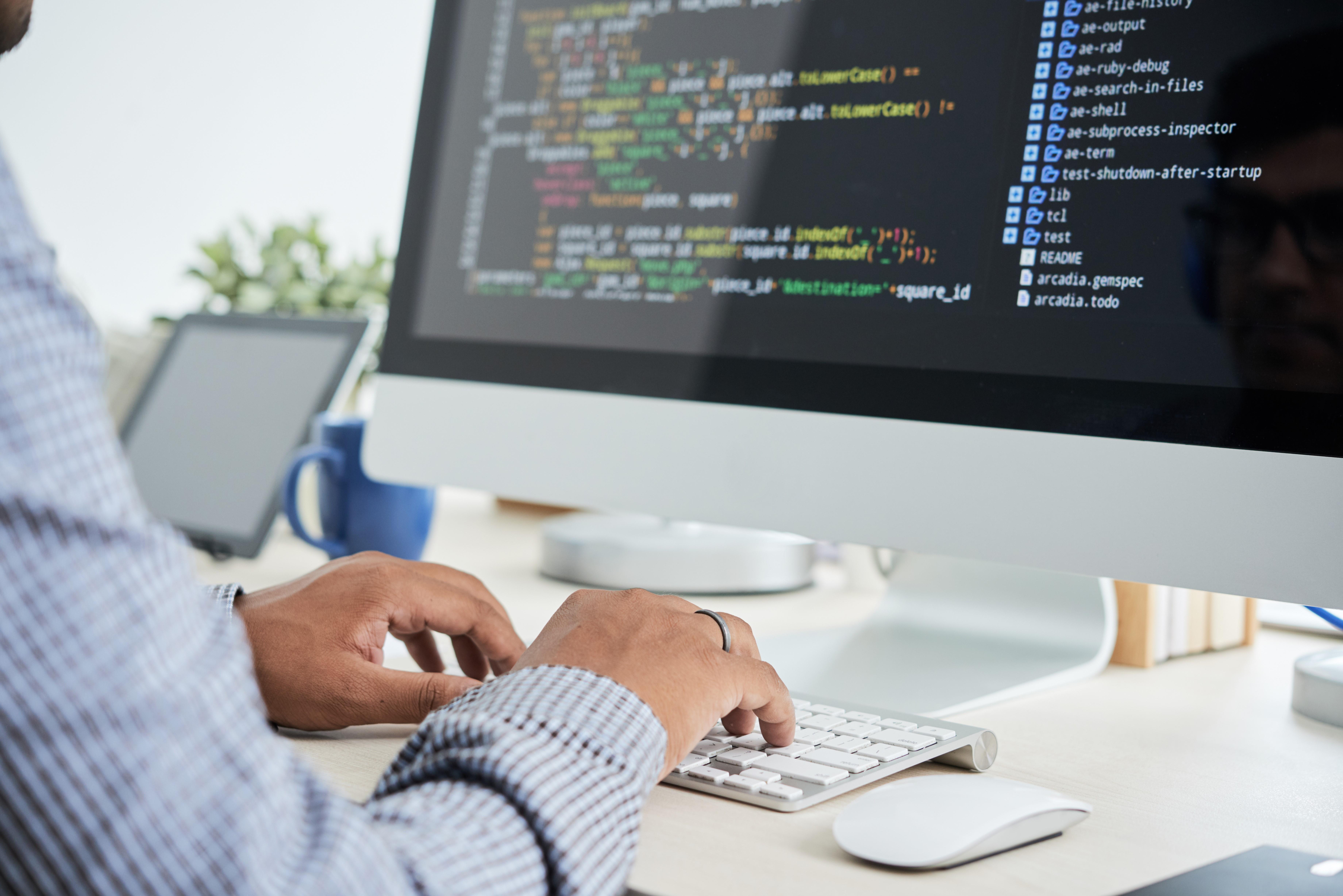 Realize cálculos trabalhistas com um software inteligente