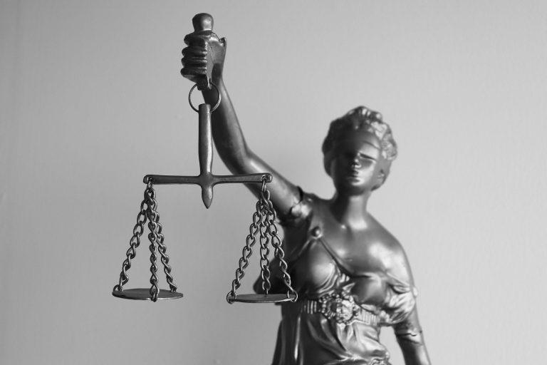 Trabalhador deve pagar honorários na Justiça do Trabalho?